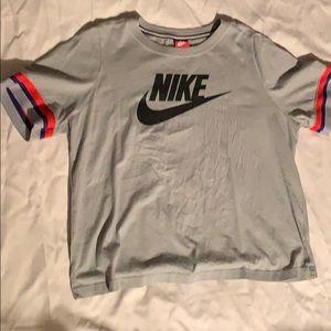 Nike short sleeve t shirt.